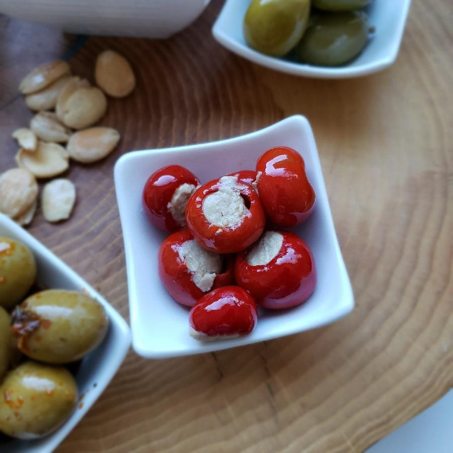 Cherry Peppers Stuffed with Cheese and Tuna (260g) by Amanida